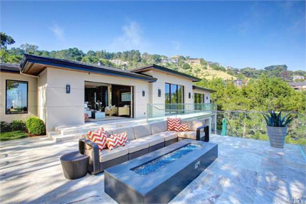 Exquisite Contemporary in Tiburon, CA