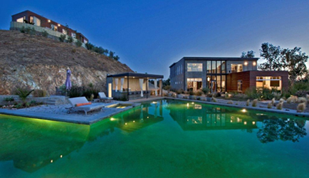 Malibu Compound to be Auctioned May 17, 2013