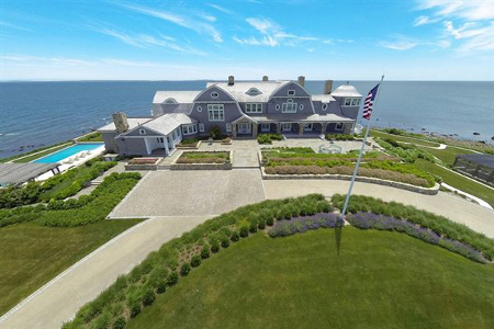 Rober A.M. Stern waterfront estate